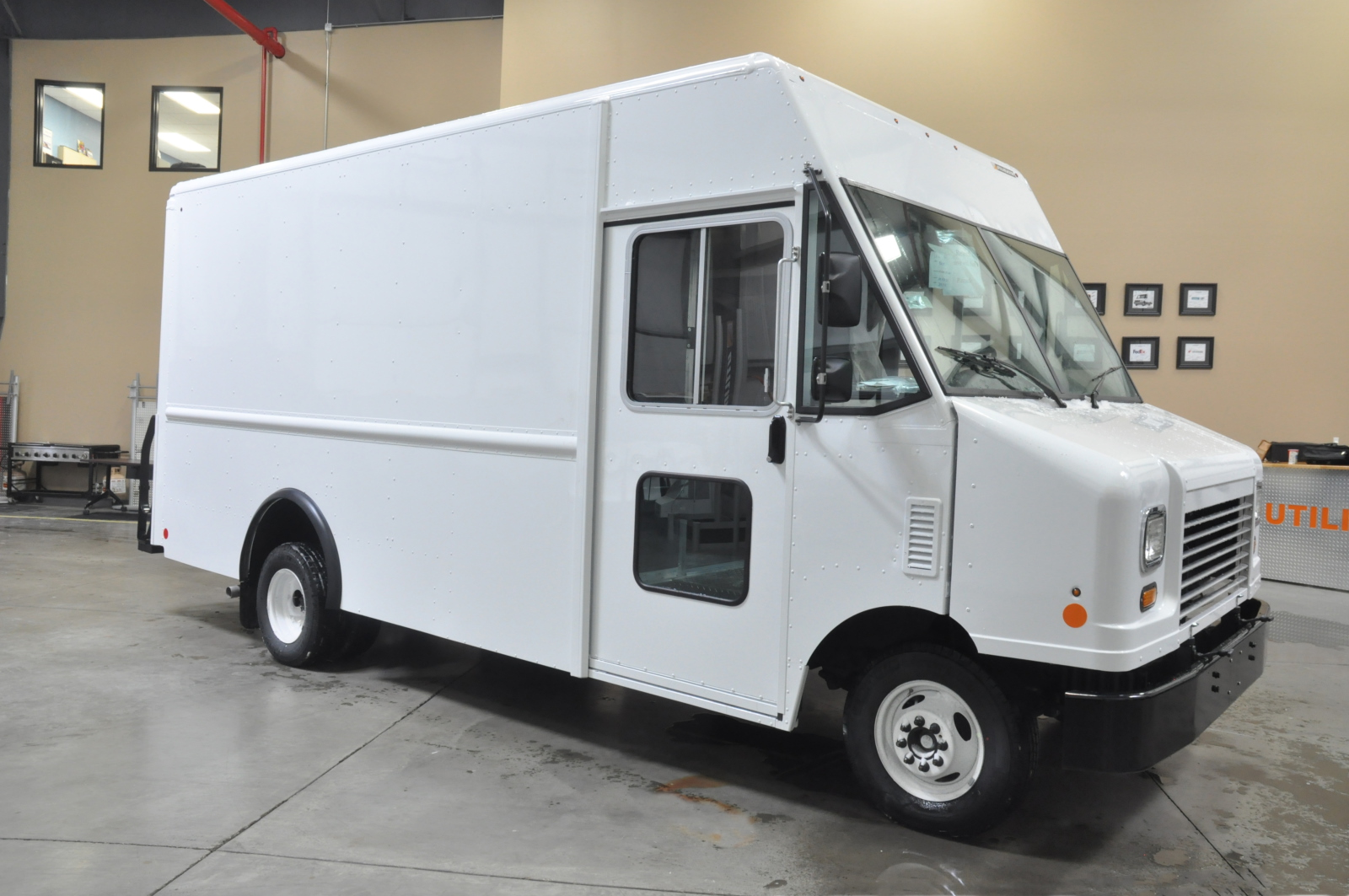 Ford Extended Warranty Cost >> Buy or Lease a Ford F59 Utilimaster 14' P-700 | Financing ...